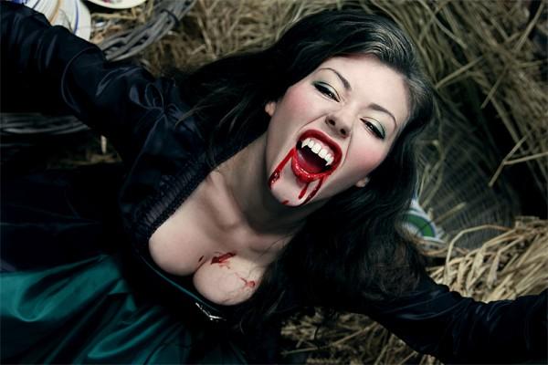 Страшные кровавые голые вампирши фото 58083 фотография