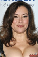 jennifer-tilly16.jpg