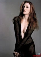julianne-moore48.jpg