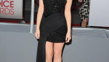 """Сериал """"Милые обманщицы"""" победил в номинации Favorite Cable TV Drama на People's Choice Award 2012!"""