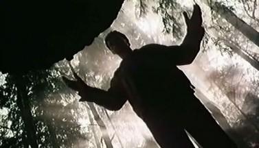 """Город без солнца  - рецензия на фантастический триллер """"Посредник"""", 1990-ый год"""