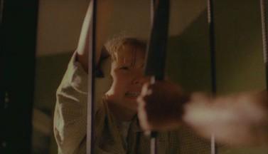 Приходящий из ночи — рецензия на триллер » Поклонник » год 1999 ый