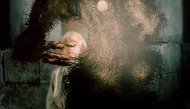 Волчий бумеранг — рецензия на  мистический  фильм «Притяжение» (2002 г.)