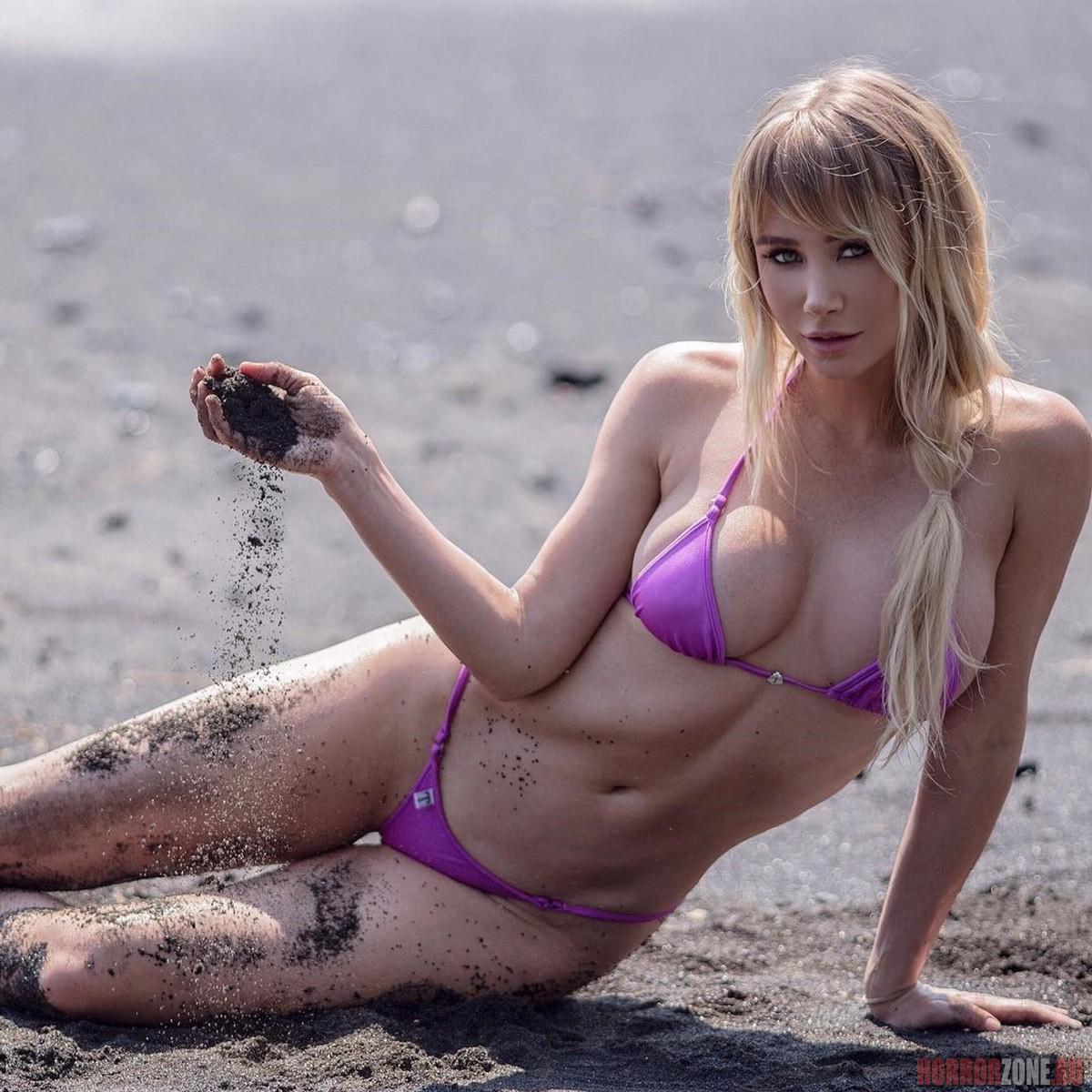Сара Джин Андервуд, фото, 18+