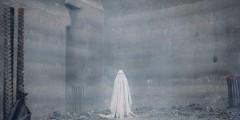 """Руни Мара и привидение в простыне на новом кадре из фильма """"История призрака"""""""