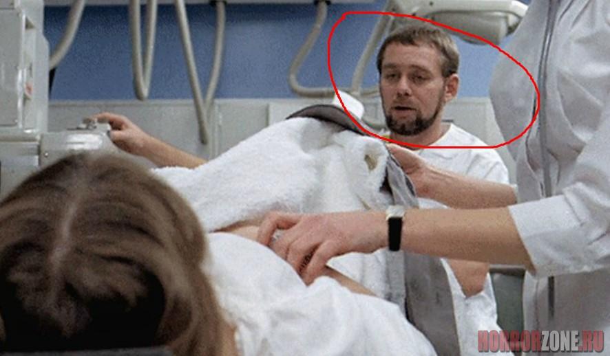 Серийный убийца Пол Бэйтсон на съемках фильма ИЗГОНЯЮЩИЙ ДЬЯВОЛА
