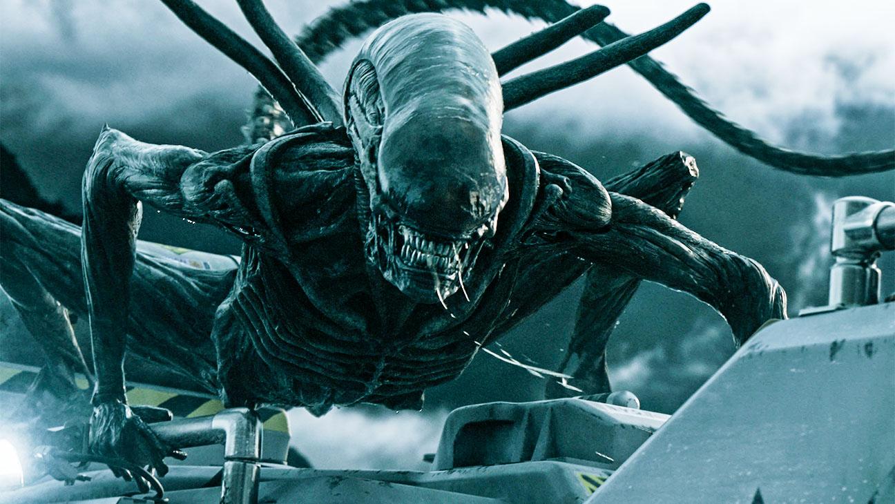 Mostors vs aliens sexo porno photo