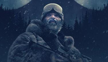 """Мрачная и опасная Аляска на постере """"Придержи тьму"""""""