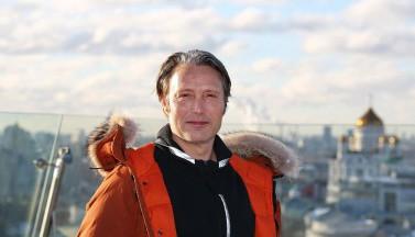 Мадс Миккельсен побывал в Москве, и у нас есть тому ФОТО-доказательства!