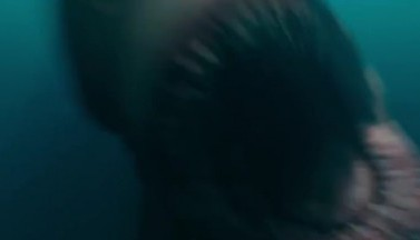 """Много Стейтема и акулы в азиатском трейлере фильма """"Мег: Монстр глубины"""""""